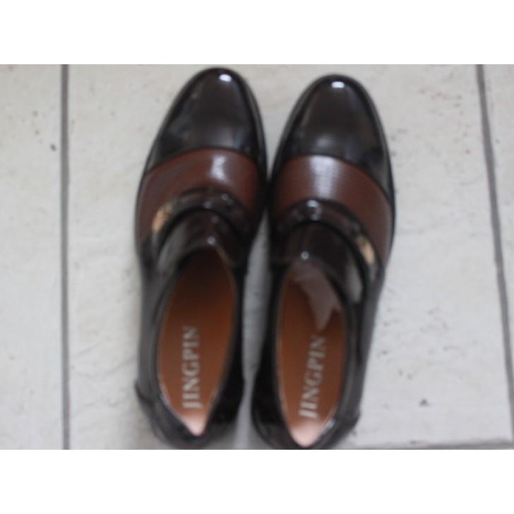 Unboxed Men's Shoes Size 8/9 JINGPIN